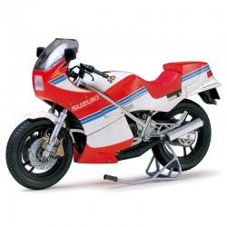 1/12 Suzuki RG250 F Full Options
