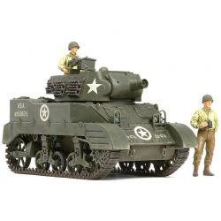 1/35 US Howitzer Motor Carriage M8 with 3 Figures