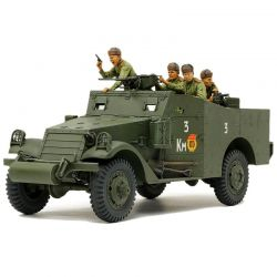 1/35 M3A1 Scout Car Plastic Model Kit